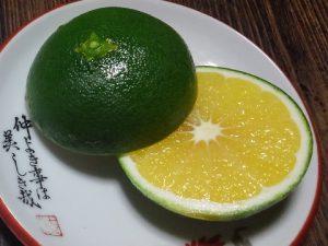 清見タンゴールの摘果玉