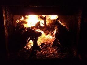 薪風呂の焚口